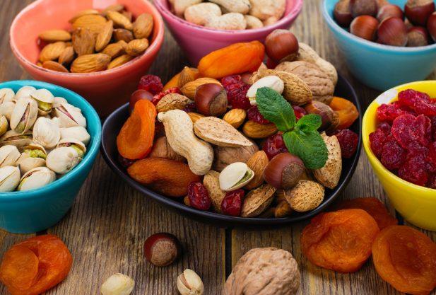 A dieta dos frutos secos funciona para perder peso? Esquema e menu de amostras