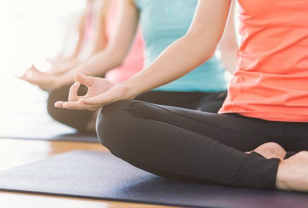 Melhores exercícios de yoga para perda de peso